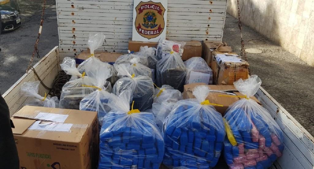 Polícia Federal destrói mais de 1,1 mil kg de drogas apreendidas em operações