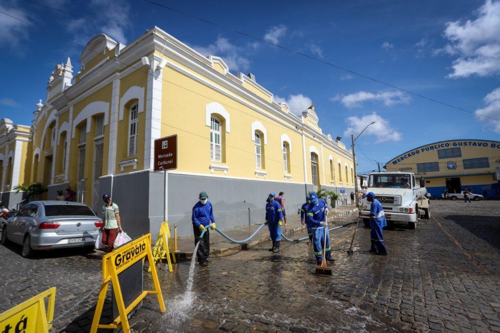 Gravatá: Pátio da Feira recebe ação de higienização para a Feira de São João