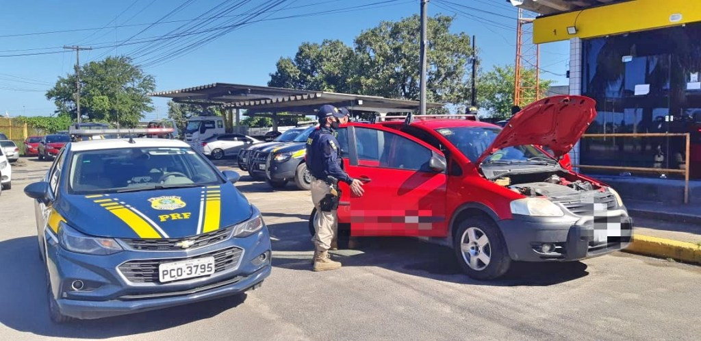 Homem é detido no Curado, após comprar carro roubado pela internet por R$5 mil