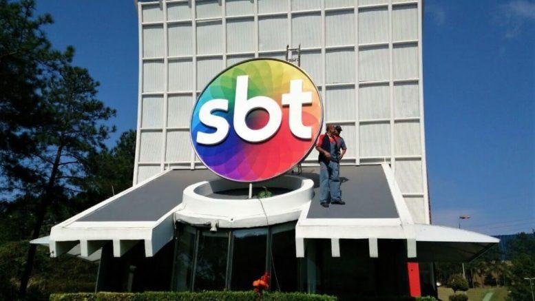 SBT derrubou audiência da Rede Globo durante jogo do Flamengo e Fluminense