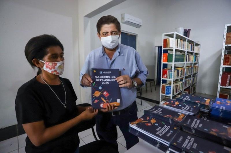 Gravatá inicia distribuição de cartões do Bolsa Merenda e dos kits didáticos para alunos da rede municipal