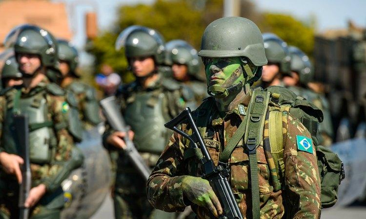 Dia do Soldado é comemorado em todo Brasil nesta terça (25)