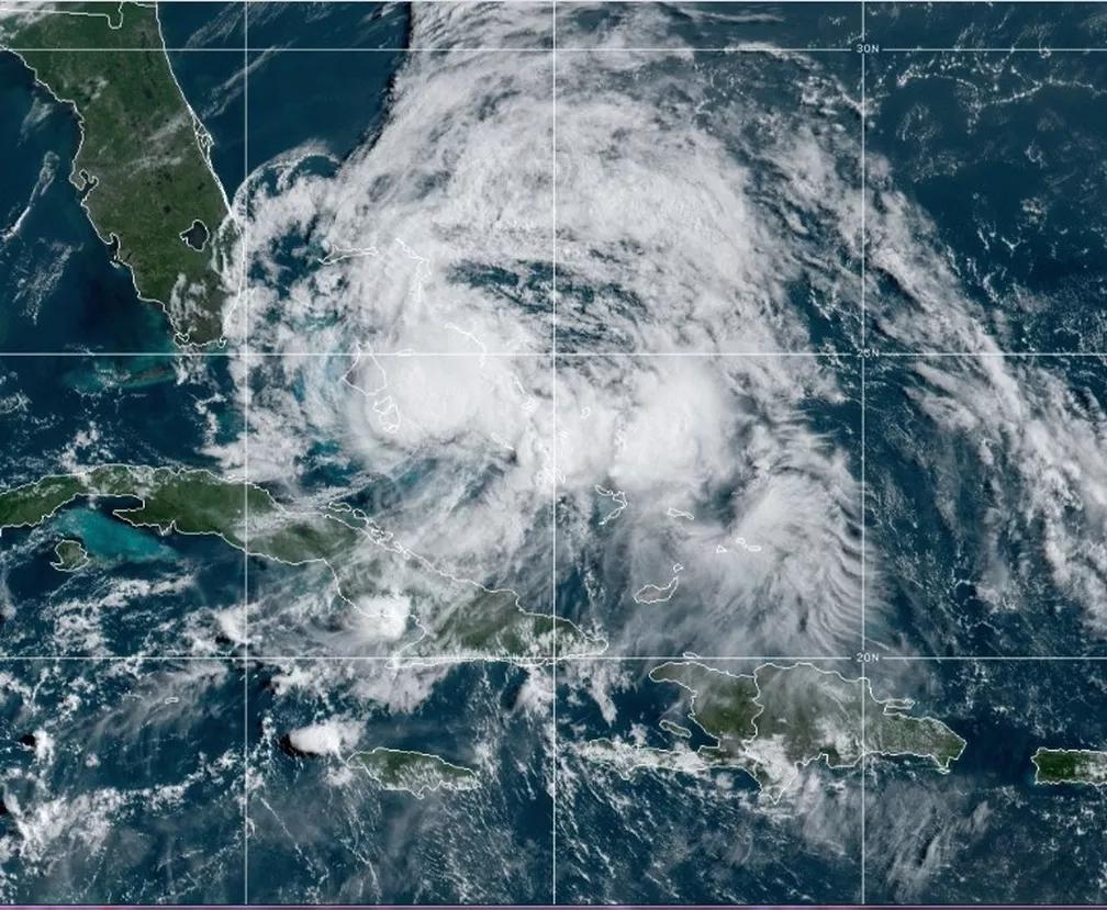Furacão que segue rumo à Flórida provoca medo aos americanos