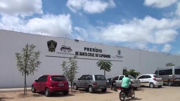 Detento de presídio de Santa Cruz do Capibaribe morre após ser esfaqueado