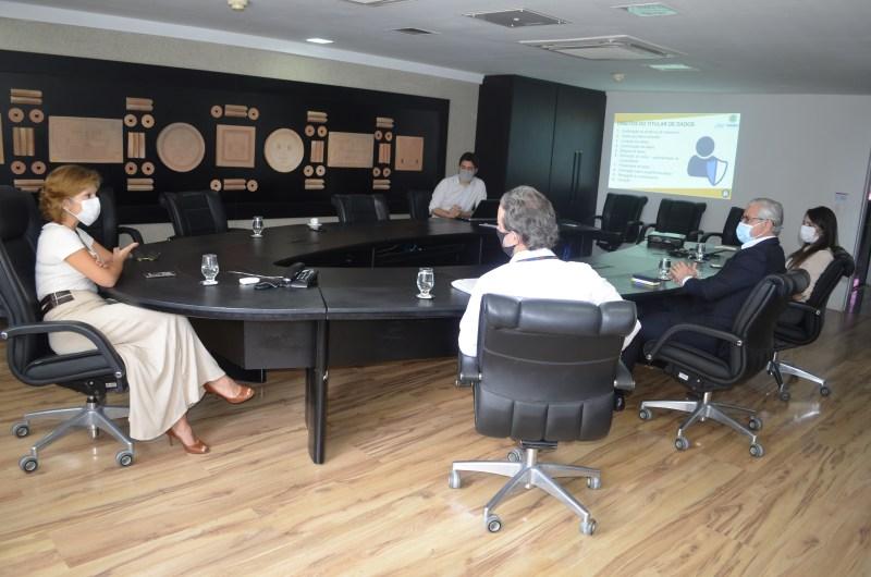 LGPD é tema de reunião entre gestores da SCGE e do Detran-PE