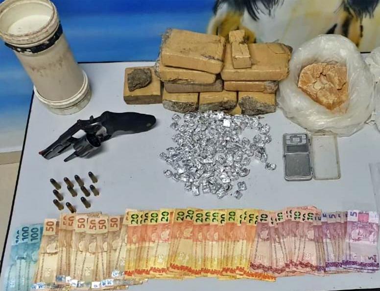 PM prende suspeitos de tráfico de drogas em Garanhuns