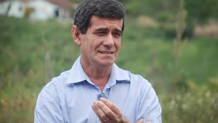 Daniel Alves teria retirado candidatura a prefeito de Gravatá