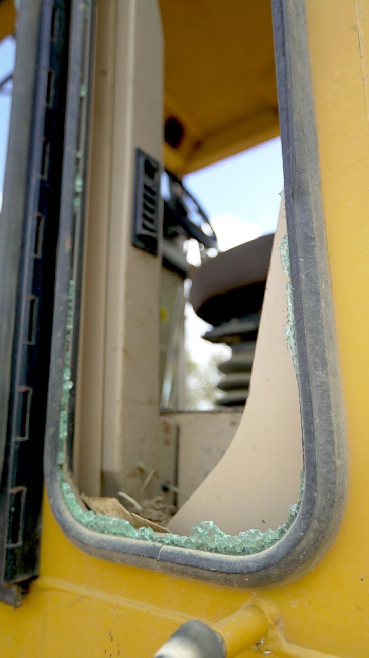 Vadalismo: máquina da prefeitura de Gravatá foi depredada