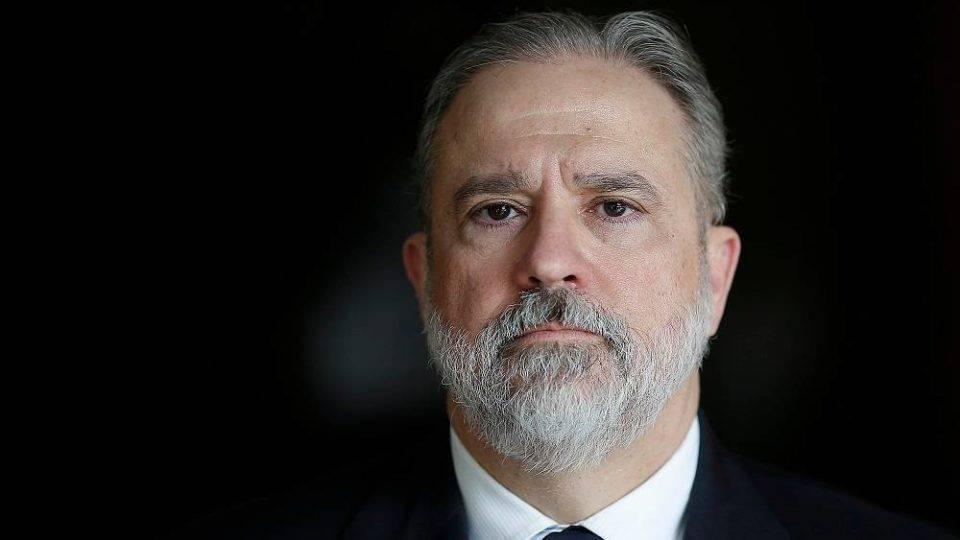 Procurador-geral Augusto Aras defende livre atuação de optometristas