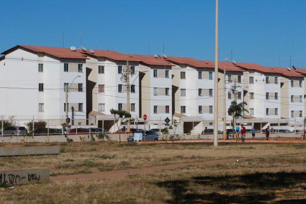 Bancários da Caixa explicam como contratar ou quitar crédito habitacional sem sair de casa