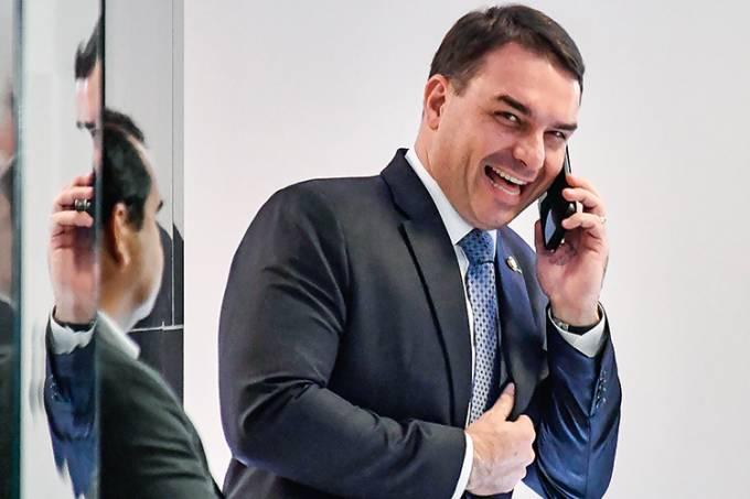 Ministério Público denuncia Senador Flávio Bolsonaro acusado de liderar organização criminosa da 'rachadinha'
