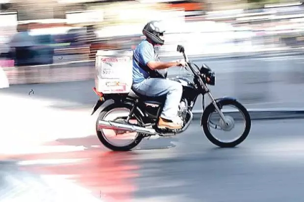 Gravatá: Entregadores de delivery colocam culpa em clientes apressados