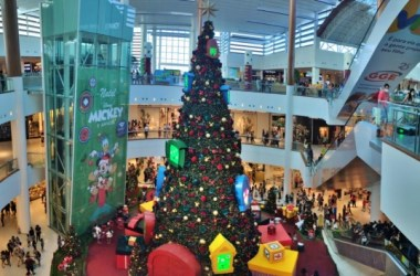 Shoppings do Recife registram grande movimentação no último domingo antes do natal