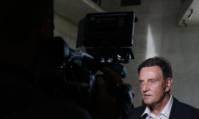 Prefeito do Rio, Marcelo Crivella, é encaminhado à polícia no Rio