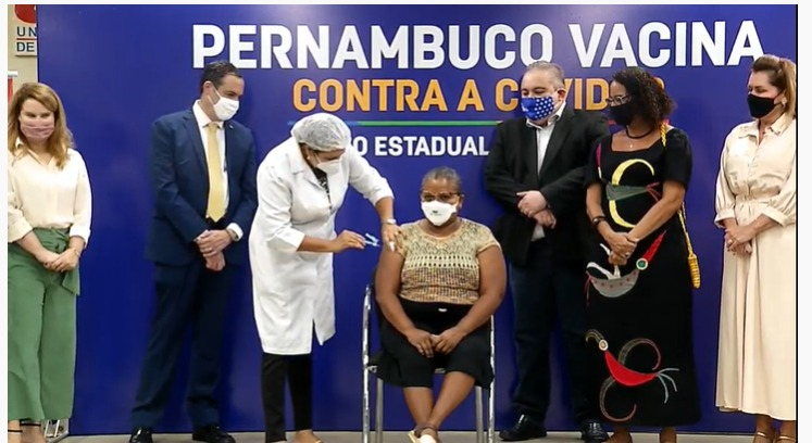 Conheça Perpétua do Socorro, primeira pessoa vacinada contra a Covid-19 em Pernambuco