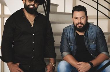 Diego e Arnaldo apostam em canção romântica e clipe minimalista