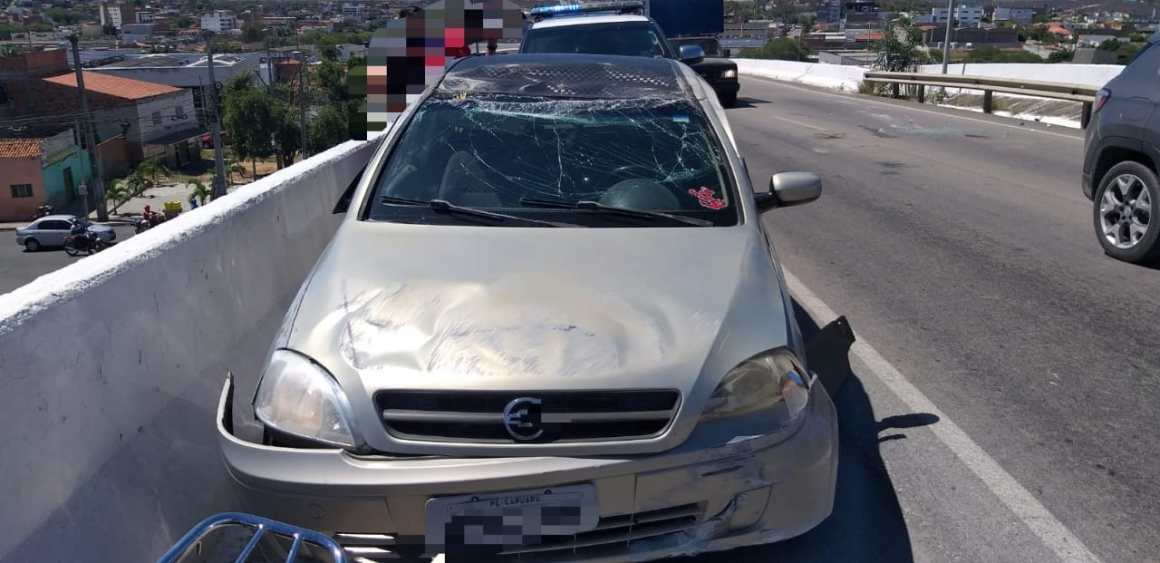 Acidente registrado no perímetro urbano da BR-104, em Caruaru