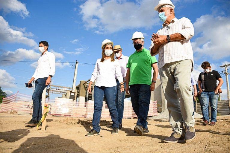 Prefeito de Gravatá visita obras do Parque Ambiental Janelas para o Rio