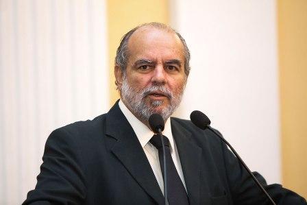 Waldemar Borges é reeleito presidente da Comissão de Justiça da ALEPE