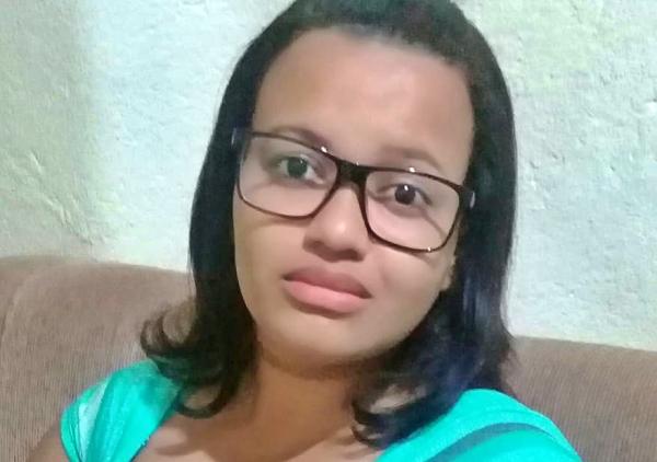 Jovem residente de Gravatá desaparece e mãe busca paradeiro da filha