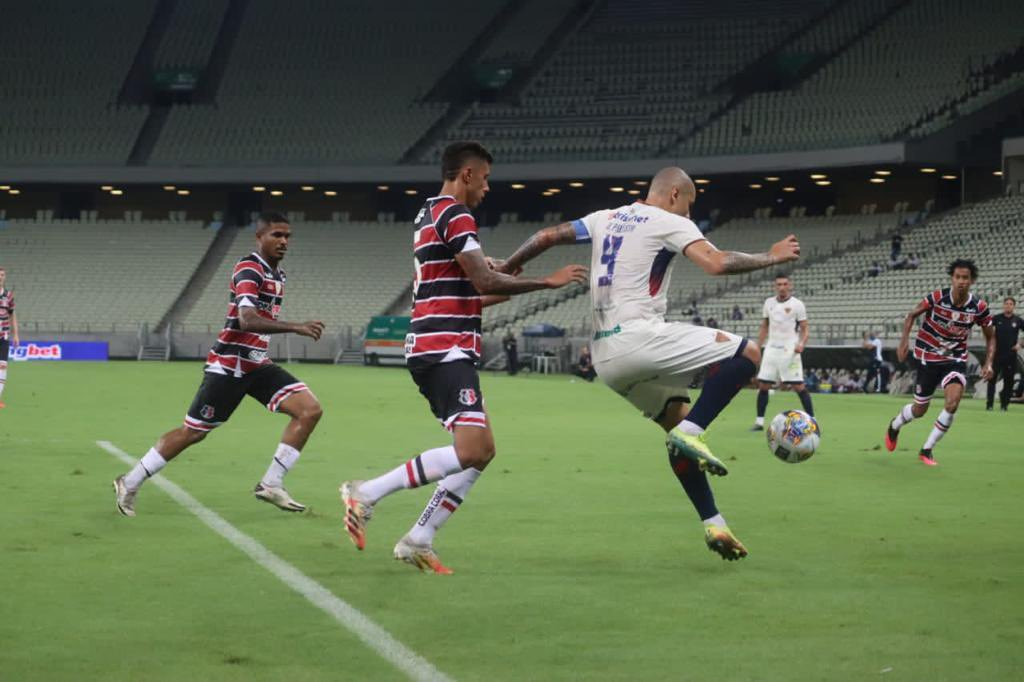 Na Arena Castelão, o Santa Cruz venceu o Fortaleza por 0x1