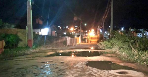 Gravatá: moradores denunciam problemas de infraestrutura em rua do bairro Nossa Senhora das Graças