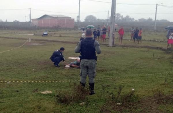 Homem assassinado com pedradas e facadas em Bonito