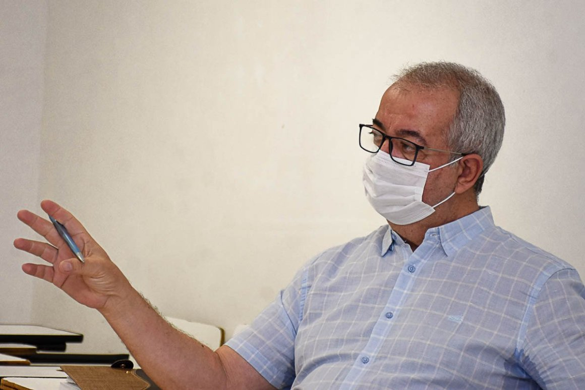 Prefeito de Gravatá recebe visita do Movimento dos Trabalhadores sem Teto (MTST)