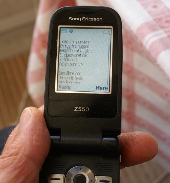 digt af per-olof set på mobilen