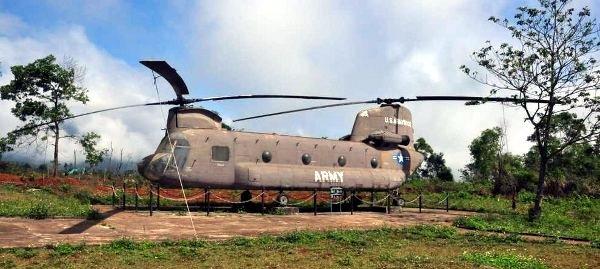 Transportowiec US Army - w bazie Khe Sanh. (loswiaheros.pl)