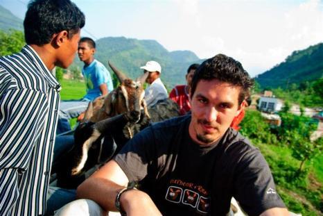 Tomek Michniewicz podczas podróży przez Nepal.