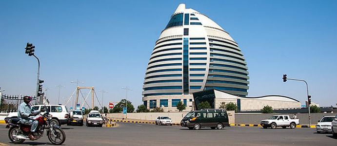 Chartum: Burj Al-Fateh – hotel i centrum biznesowe. (Fot. Marcin S. Sadurski)