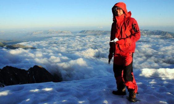 Dywan z chmur widziany z grani Gouter. (Fot. Wiktor Rozmus)