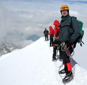 Powrót granią Mont Blanc na dół. (Fot. Wiktor Rozmus)