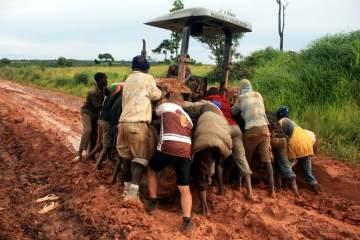 Afryka Nowaka w Angoli. Etap traktorowy