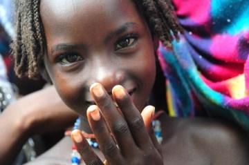 Czadyjczycy w żaden sposób nie hamują swojej radości. (Fot. www.afrykanowaka.pl)