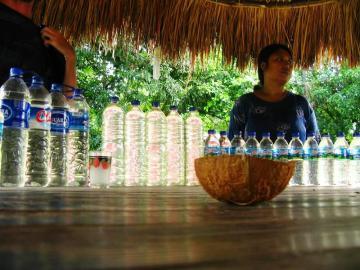 Butelki z arakiem