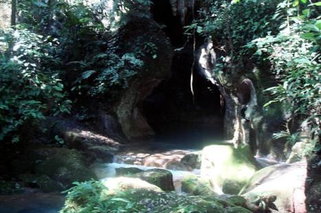 Święta jaskinia Majów w Belize