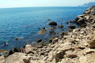 Kamienista plaża na Krymie
