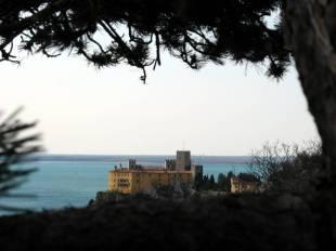 Turystyka we Włoszech. Zamek w Trieście
