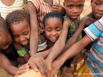 Afrykańskie dzieciaki z Bundoli w Ghanie