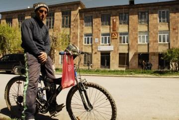 Zdjęcia z rowerowej podróży przez Armenię