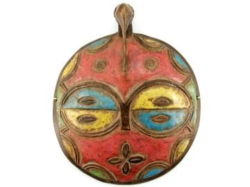 Czerwona maska z Afryki