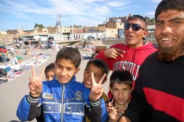Młodzi mieszkańcy Iranu - foto
