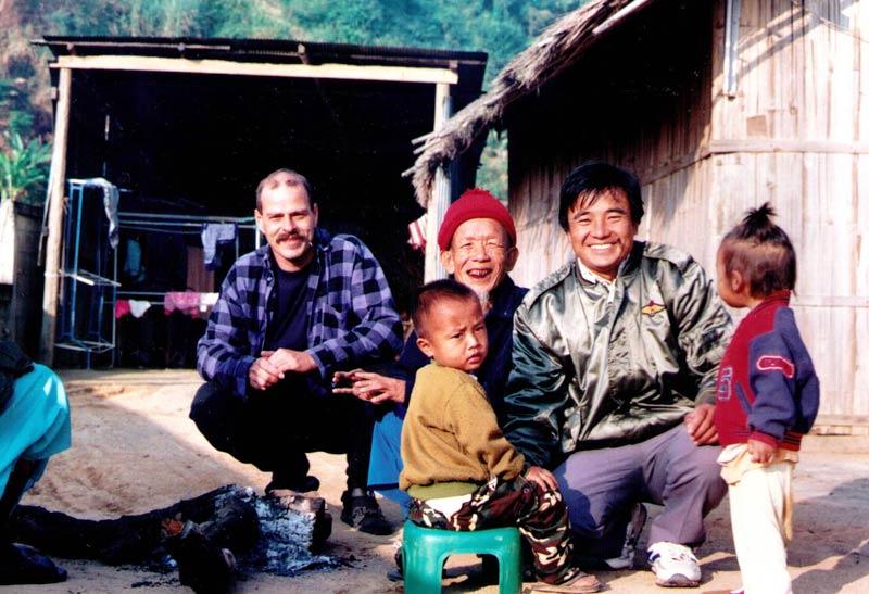 Rodzinka na szlaku w Tajlandii