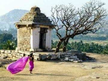 Jedna ze świątyń w hinduskim Hampi
