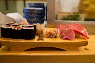 Zdjęcia z podróży do Tokio - sushi
