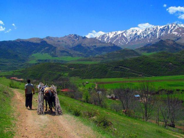 Armenia. Szlak do Harzis