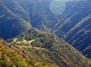 Okolice monastyru Dubrava w Serbii