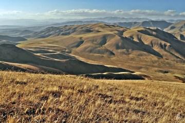 Bajeczny krajobraz Kirgistanu - zdjęcia, foto